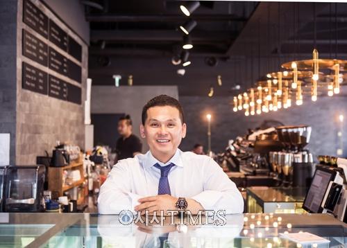 트라이그람스코리아 강찬고 대표, 우고스 쇼핑 카페 오픈