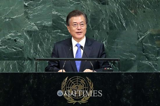 """문 대통령 """"북핵, 유엔 다자주의 대화로 풀어야"""""""