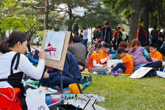 서울시립지적장애인복지관, 제32회 서울발달장애인사생대회 개최
