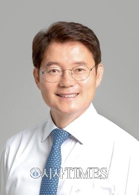 """김수흥 의원, """"전통시장 지속 발전 위해 최선 다할 것"""""""